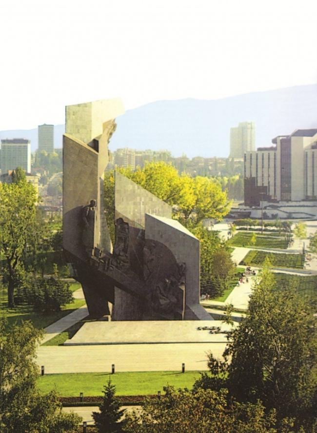 Памятник «1300 лет Болгарии» в Софии. Фото советского периода. Предоставлено NGO Transformatori