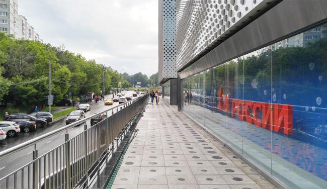 "Gallery running along the Slavyansky Boulevard. ""Oceania"" multifunctional center (facade solutions) © Asadov Architectural Bureau. Photograph © Julia Tarabarina, Archi.ru"