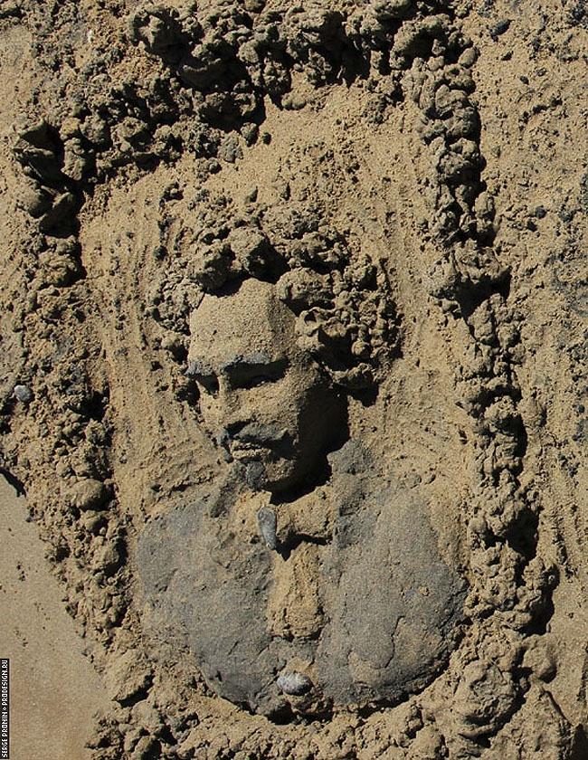 Маскарон из песка © Сергей Пронин