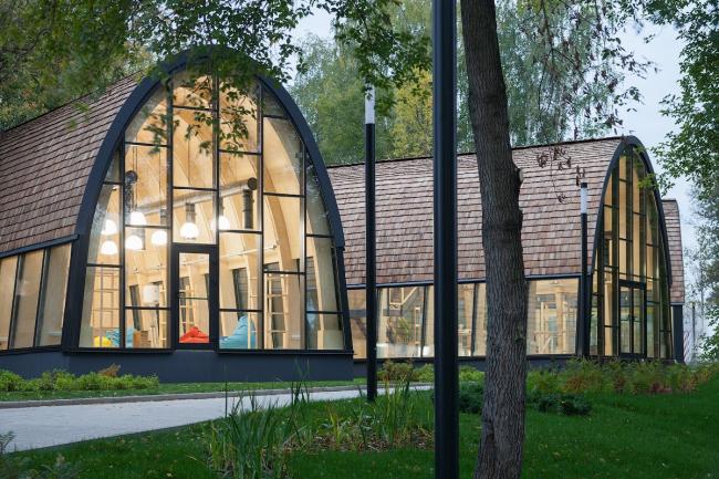 Павильон «Мастерская». Городская ферма на ВДНХ, 2 очередь. Бюро Wowhaus. Фотография © Митя Чебаненко