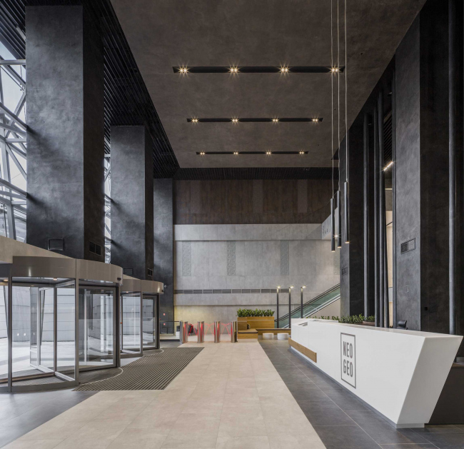Интерьеры общественных зон бизнес-центра Neo Geo. Лобби © Т+Т Architects