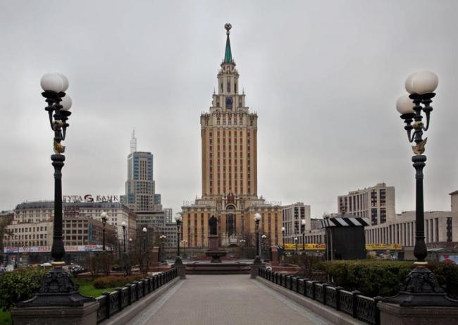 Гостиница «Ленинградская». Реставрация. Фотография © Максим Серёгин