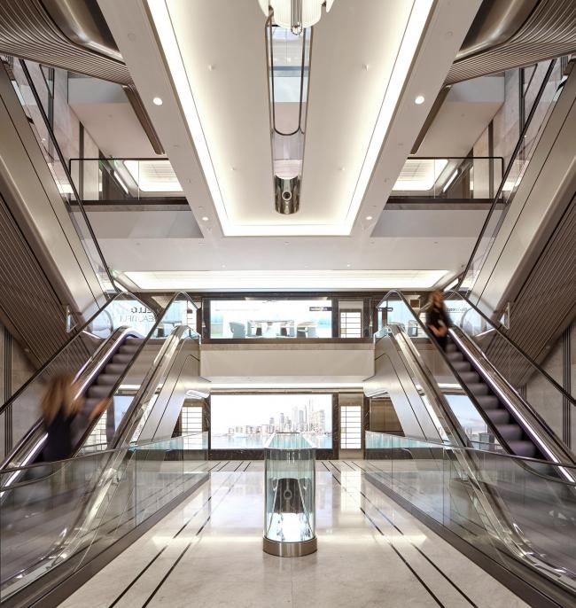 Большой вестибюль универмага Harrods, Лондон © Make Architects