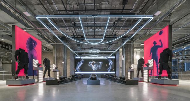 Флагманский магазин adidas NYC, Нью-Йорк © adidas, Checkland Kindleysides и Gensler
