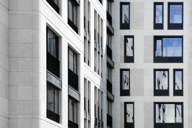 """Wine House"" residential complex. Photograph © Dmitri Chebanenko"