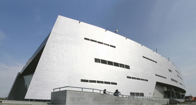 Арена-Омск. Архитектор: Петер Айхбергер