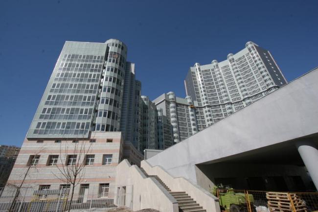 Многоэтажный жилой комплекс «Пиазза Анфитеатро» © ГУП МНИИП «Моспроект-4»