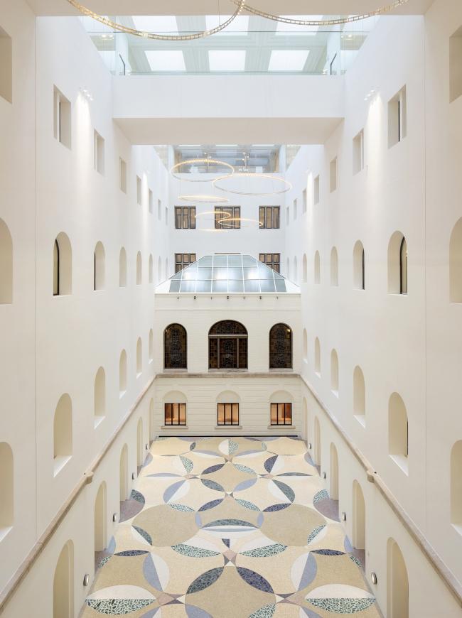 Административное здание B30 © Karin Borghouts