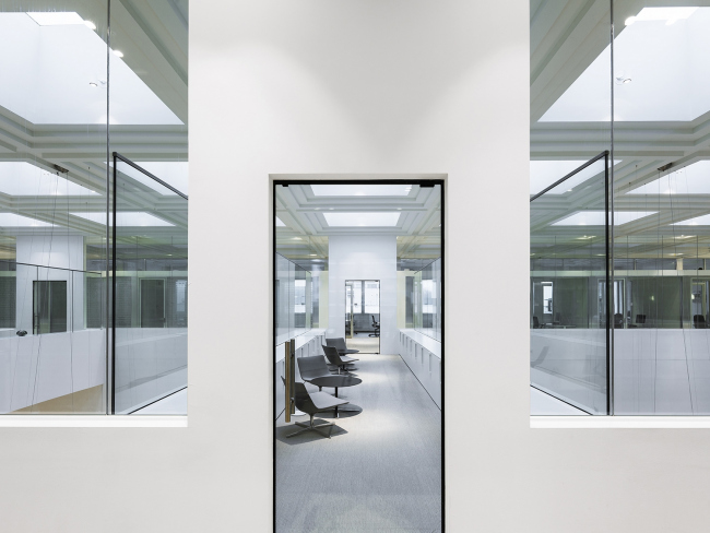 Административное здание B30 © Sebastian van Damme