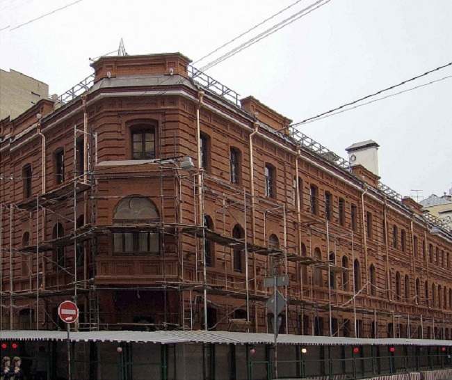 Дом, в котором жил А.И. Южин (Сумбатов). В процессе реставрации  © ТИАМАТ-проект
