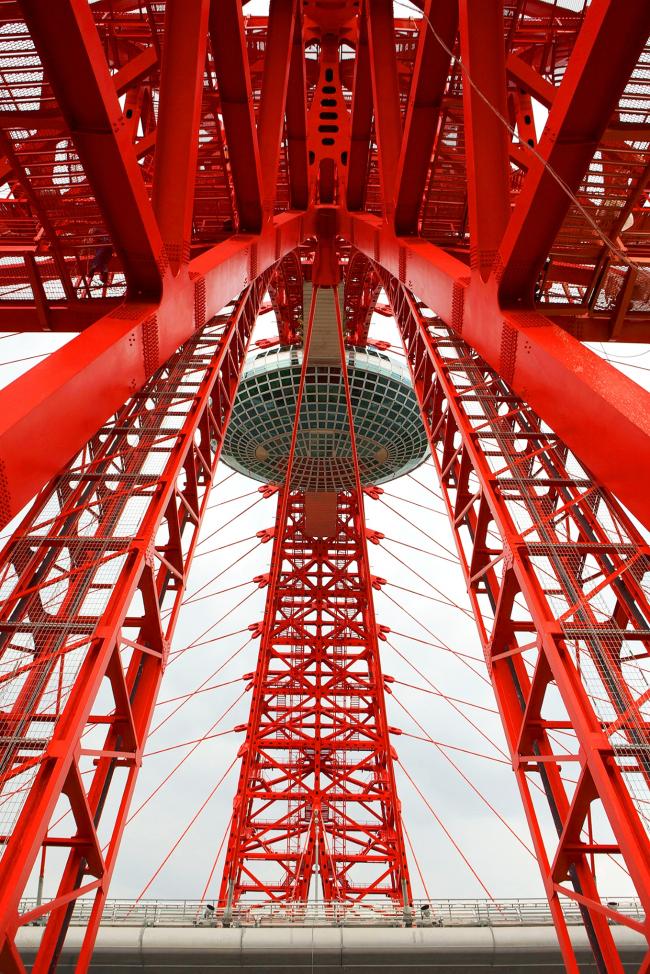 Живописный мост через Москву-реку со встроенным ЗАГСом. Фотография предоставлена Союзом московских архитекторов