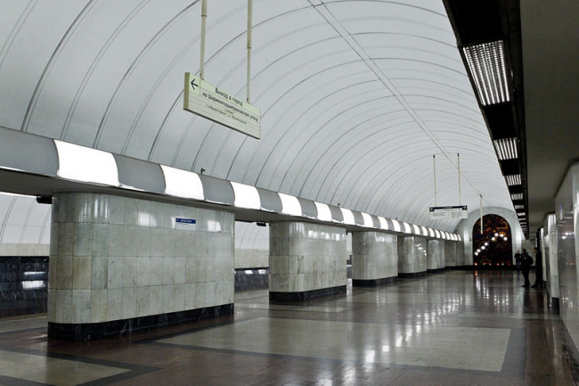 Станция метро «Дубровка». Фото: Antares 610, В. З. Филиппов, С. М. Белякова via Wikimedia Commons. Лицензия CC BY-SA 3.0
