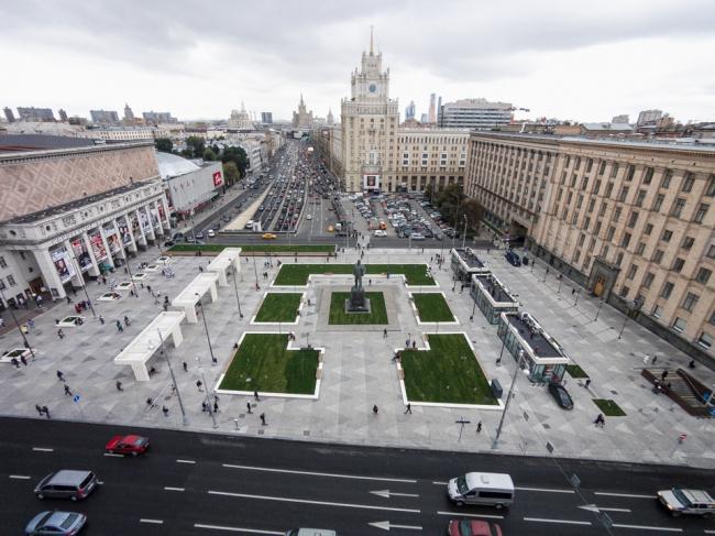 Реконструкция Триумфальной площади © BUROMOSCOW, Ландшафтная компания ARTEZA