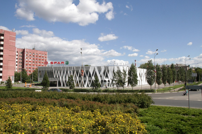 Торговый цент «Айсберг» © ООО «Архитекторы Кулиш и Липатов»