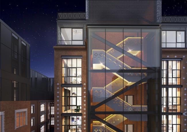 Комплекс апартаментов «Большевик», фрагмент фасада и лестница © IND Architects