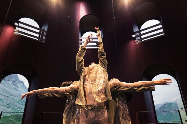 Хореографическая постановка Эно Печи в здании Juliertheater  © Origen Festival Cultural