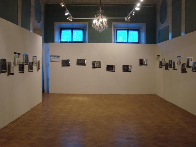 Экспозиция выставки «Второй Леонидов». Фотографии Юлии Табариной