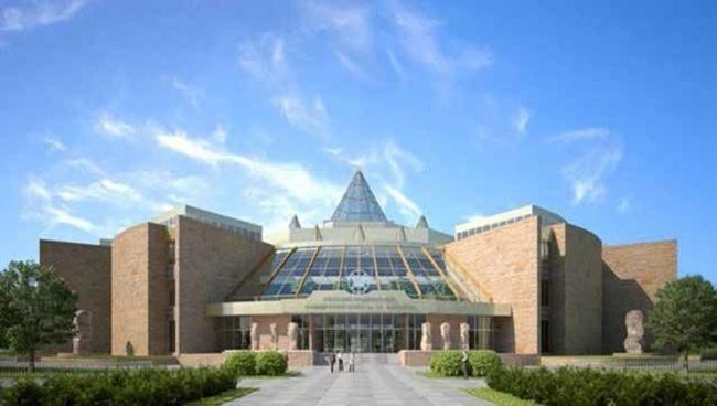 Здание Хакасского национального краеведческого музея имени Л. Р. Кызласова. Девелопер: «Монолитхолдинг»