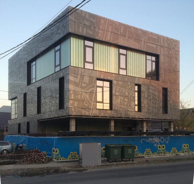 Здание компании «Краснодарская Межрегиональная Негосударственная Экспертиза» © АБ «А-ГА»