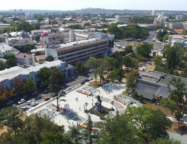 Общественное пространство в Екатерининском саду © Главный архитектор: Кирилл Бабеев