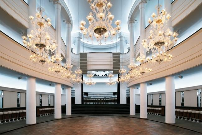 Клуб Goya-Club © Kollhoff Architekten