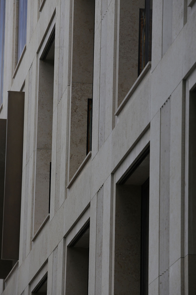 Клубный дом «Чехов» на Малой Дмитровке. АБ «Цимайло Ляшенко и Партнеры». Отделка фасадов: Юрский мрамор SSG. Фото © SSG