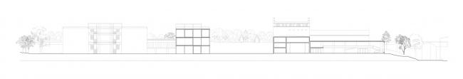Проект Александры Ивашкевич, 2 курс БВШД.  СЕРП И МОЛОТ Архитектурная Институция. Разрез 1. Изображение предоставлено БВШД