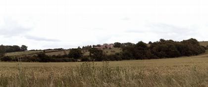 Частный дом в Оксфордшире. Вид издали