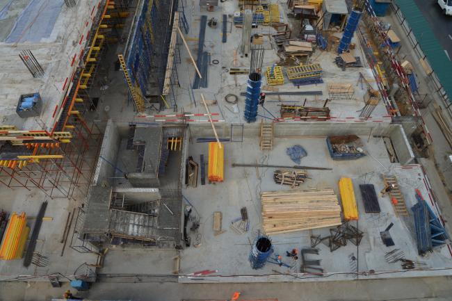 Дилерский центр для Mercedes-Benz и Audi на территории ЗИЛа. В процессе строительства, 2017 © Kleinewelt Architekten