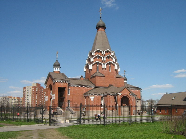 Церковь Георгия Победоносца в Купчино. Фото: Peterburg23 via Wikimedia Commons. Лицензия CC BY 3.0