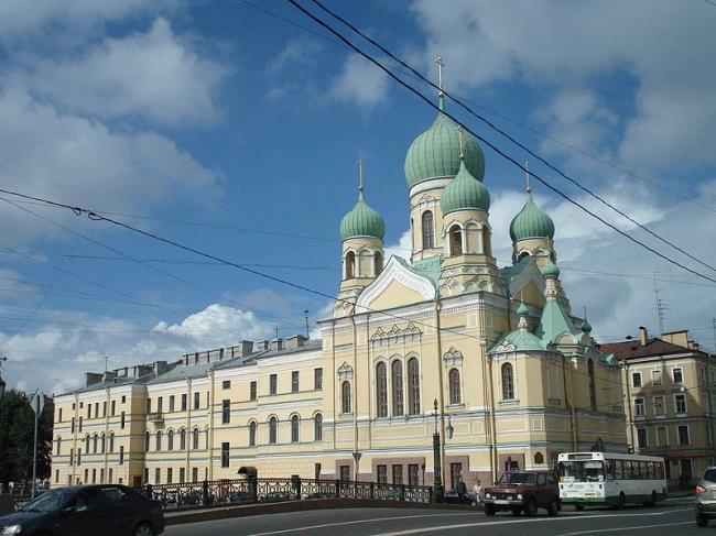 Свято-Исидоровская церковь, Санкт-Петербург. Фото: Юлия Новогородцева via Wikimedia Commons. Лицензия CC BY-SA 3.0