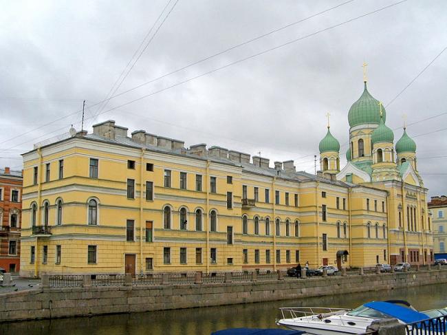 Свято-Исидоровская церковь, Санкт-Петербург. Фото: Екатерина Борисова via Wikimedia Commons. Лицензия CC-BY-SA-4.0