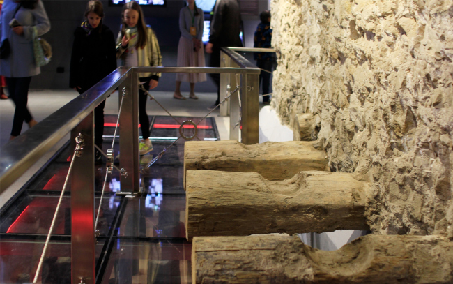 Подземный музей археологии Зарядья. Парк Зарядье. Фотография © Юлия Тарабарина, Архи.ру, 09.2017