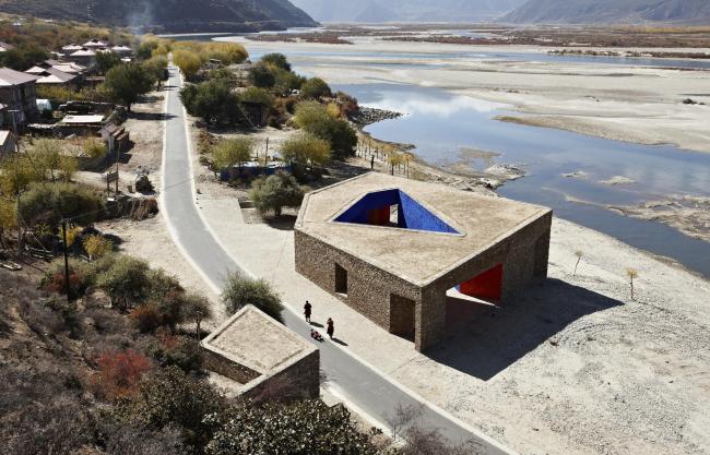 Посетительский центр реки Ниян в Тибете. 2010 © ZAO/standardarchitecture