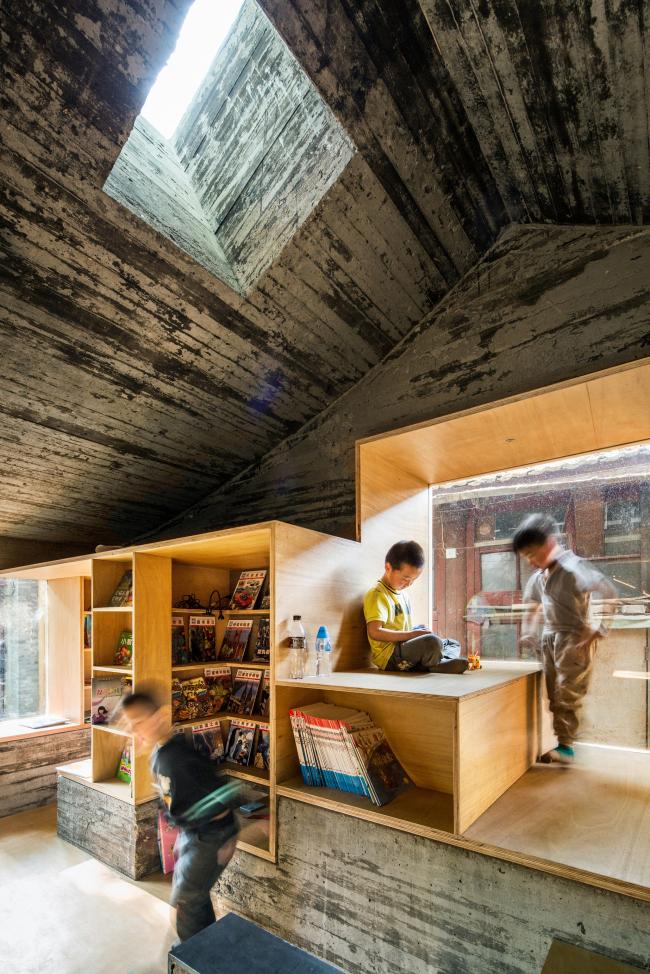 Детская библиотека и центр искусств хутуна Ча'эр. 2014 © ZAO/standardarchitecture