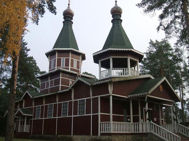 Тарховская церковь. Фото: Пётр Иванов via Wikimedia Commons. Фото находится в общем доступе