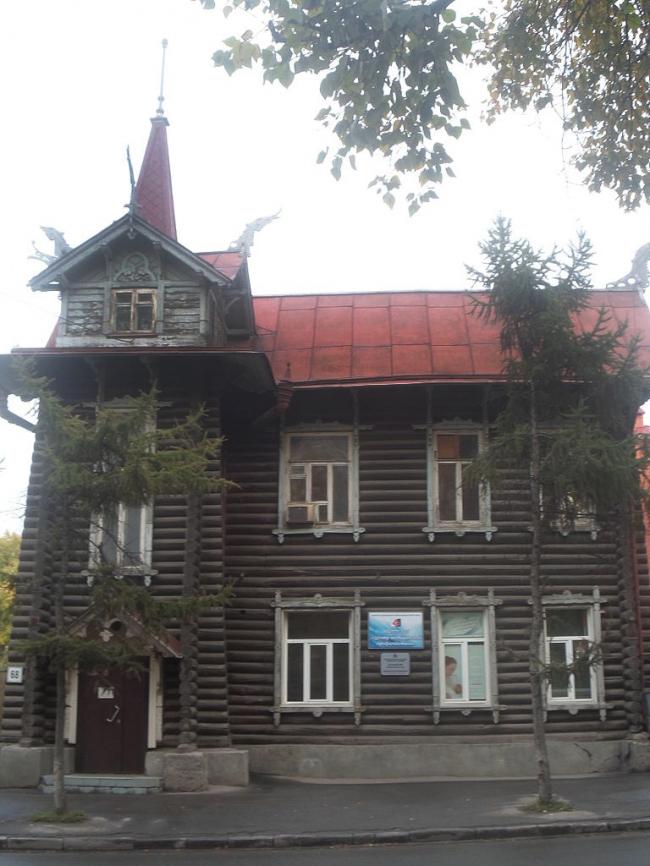Дом с драконами. Фото: Светлана (Опти) via Wikimedia Commons. Лицензия CC BY-SA 3.0