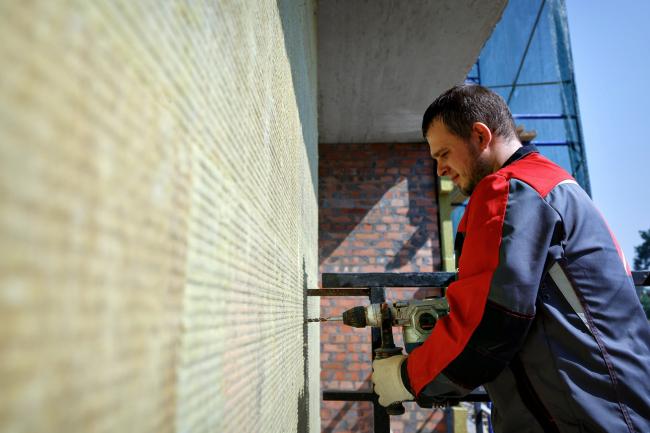 Энергосберегающие фасады с тонким штукатурным слоем. Фотография © Дмитрий Последов