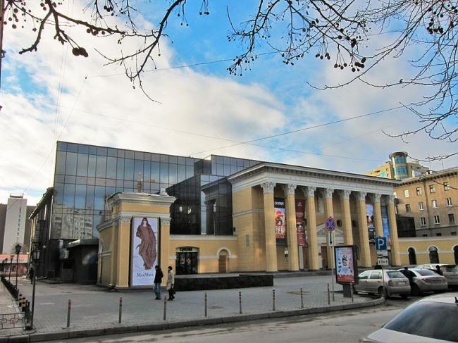 Кинотеатр «Победа». Фото: Obakeneko via Wikimedia Commons. Лицензия CC BY-SA 3.0