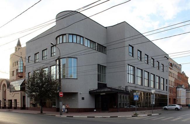 Здание Ивсельбанка. Фото: Кирилл Людин via Wikimedia Commons. Лицензия CC BY-SA 4.0