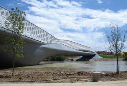 Мост-павильон ЭКСПО-2008
