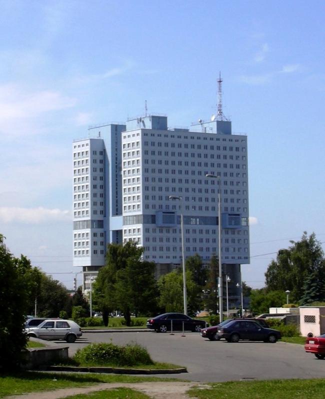 Дом Советов в Калининграде. Фото: Vladimir Sedach via Wikimedia Commons. Лицензия CC-BY-SA-2.5