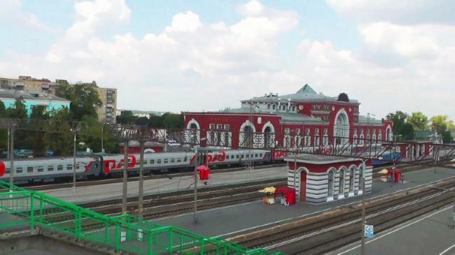 Железнодорожный вокзал в Курске. Фото: Isssergey via Wikimedia Commons. Лицензия CC-BY-SA-4.0
