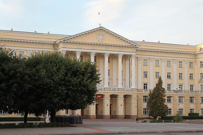 Дом Советов в Смоленске. Фото: Ajstalker via Wikimedia Commons. Лицензия CC BY-SA 3.0