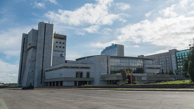 Чувашский театр оперы и балета. Фото: GTRus via Wikimedia Commons. Лицензия CC BY-SA 3.0