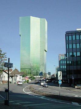 Высотное здание в Цюрихе.