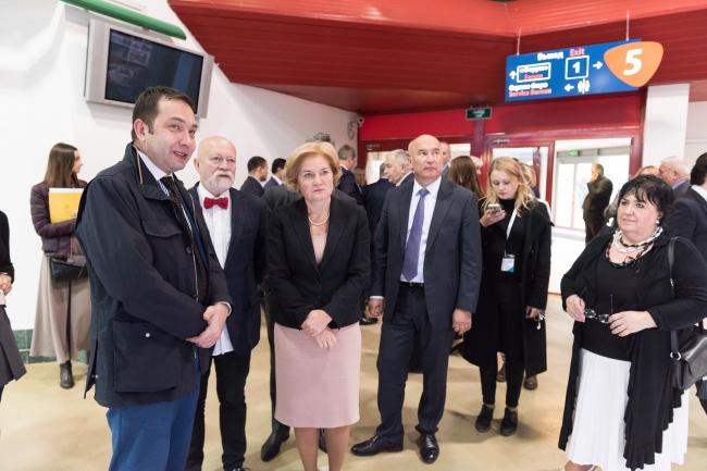 Ольга Голодец, вице-премьер РФ, на открытии выставки. Фотография © Компания «Декон»