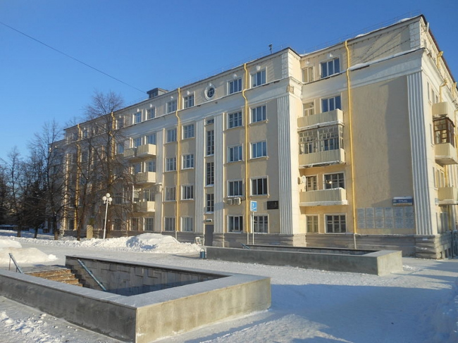 Дом специалистов в Уфе. 1 Корпус. Фото: Айдар Арсланов via Wikimedia Commons. Лицензия CC BY-SA 3.0