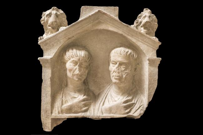 Погребальная стела супружеской пары. Третья четверть I в. н.э. Национальный археологический музей Аквилеи. Фото © Gianluca Baronchelli