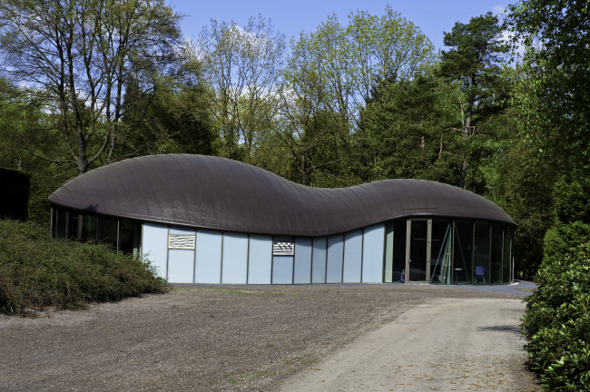 Отпевальная часовня Heidehof, г. Угхелен (Нидерланды). Кровля  FDT / репанол. фото http://language.fdt.de/home-ru.html